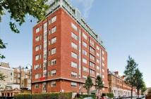 Flat to rent in Roland House...