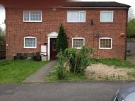 Studio apartment in Layham Drive, Luton, LU2