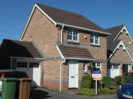 3 bedroom Detached property in Coed Mawr, Ystrad Mynach...