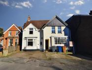 semi detached property to rent in Lion Lane, Haslemere