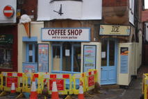 Cafe in 1 Market Place, Whitby to rent