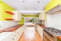 3 bed property to rent in Bradstock Road, London...