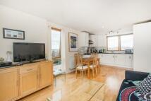1 bedroom property to rent in Felstead Street, London...