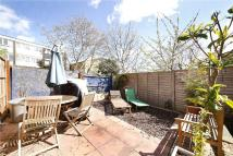 5 bed property to rent in Shrubland Road...