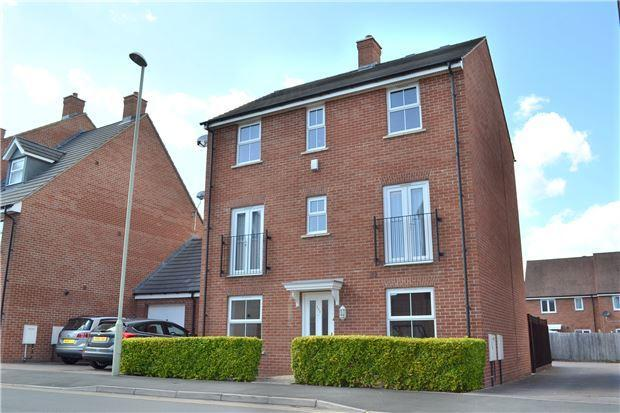 4 Bedroom Detached House For Sale In Thatcham Avenue