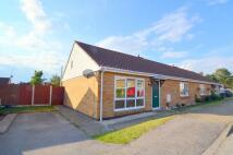 2 bedroom Semi-Detached Bungalow in Firebrass Lane, Sutton...