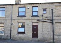 Terraced home to rent in Stonefield Street...