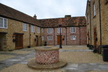 Mews to rent in Martock, Somerset