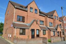 Ground Flat to rent in Central Yeovil, Somerset