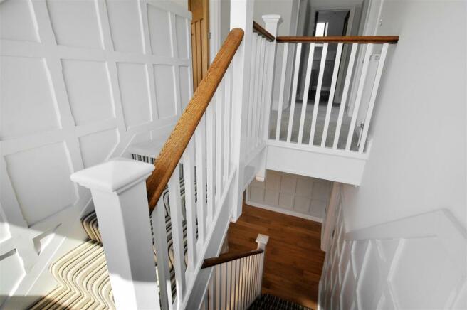 QUinta-Stairs-01-HR.