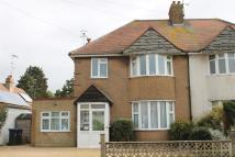Flat to rent in Beaumont Road, Worthing