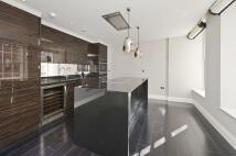 Apartment to rent in Eccleston Street, London...
