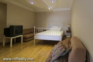 Apartment 235-20