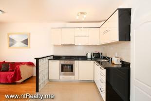 Apartment 0244-5