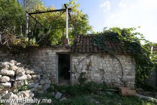 Cottage 260-18
