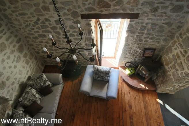 Cottage 189-9