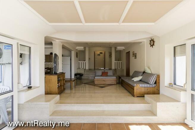 Apartment 235-1