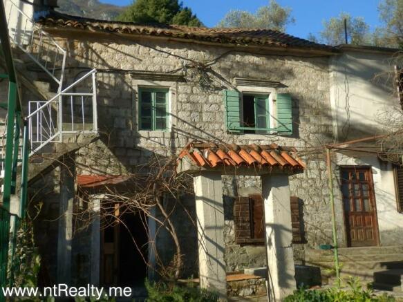 Prcanj,Cottage 133-1
