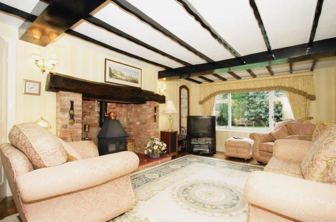 Brook Cottage lounge 1a.jpg