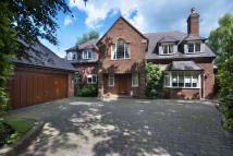 4 bed Detached house for sale in 9a Digby road...
