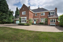 5 bedroom Detached home in 72 Sherifoot Lane...