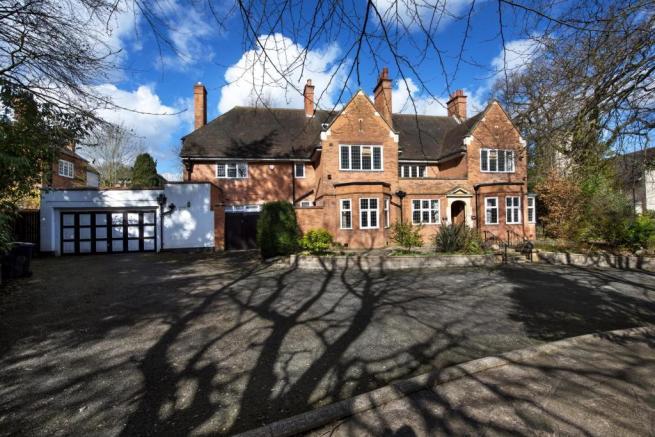 7 Bedroom House For Sale In Wentworth Road B74