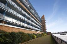 1 bedroom Apartment in Arnham Place, South Quay...
