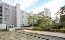 2 bed Apartment to rent in Blackwall Way, Blackwall...