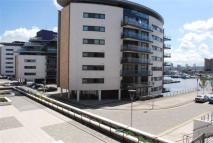 2 bedroom Apartment in Basin Approach...