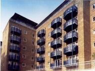 2 bedroom Apartment in Jardine Road, Limehouse...