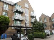 Apartment to rent in Eleanor Close...