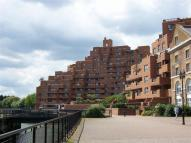 Apartment to rent in The Highway, Limehouse...