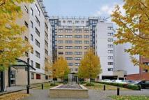 Apartment to rent in Westferry Road...