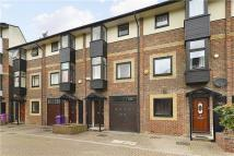 1 bedroom Apartment to rent in Barnfield Place...
