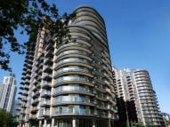 1 bed Apartment in Millharbour, South Quay...