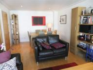 Drayton Park Apartment to rent