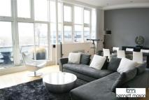 3 bed Apartment to rent in Angel Southside...