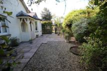 4 bed home in Ginhall Lane, Leominster...