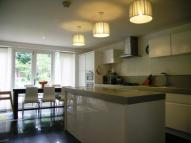 5 bed semi detached home to rent in Merton Road, Earlsfield...