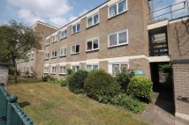 West Hill Road Flat to rent