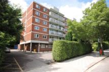 2 bed Flat in Wimbledon Park Road...
