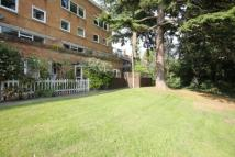 Flat to rent in Lydney Close, London...