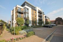 Flat to rent in Scott Avenue, Putney...