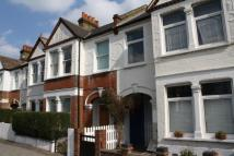 Flat in Merton Road, London, SW18
