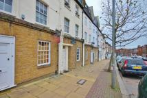 1 bedroom Flat in Merton Road, Wandsworth...
