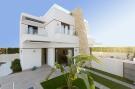 3 bed new house in Villamartin, Alicante...