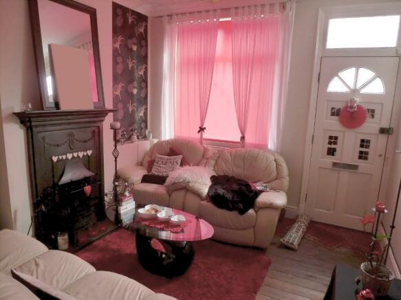 Fantastic Tudor Living Room Ideas - Living Room Designs ...
