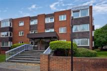 Flat to rent in THE DRIVE, Hove, BN3