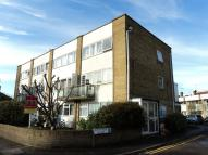 Town House to rent in Egham