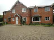 property to rent in Burnham Mews